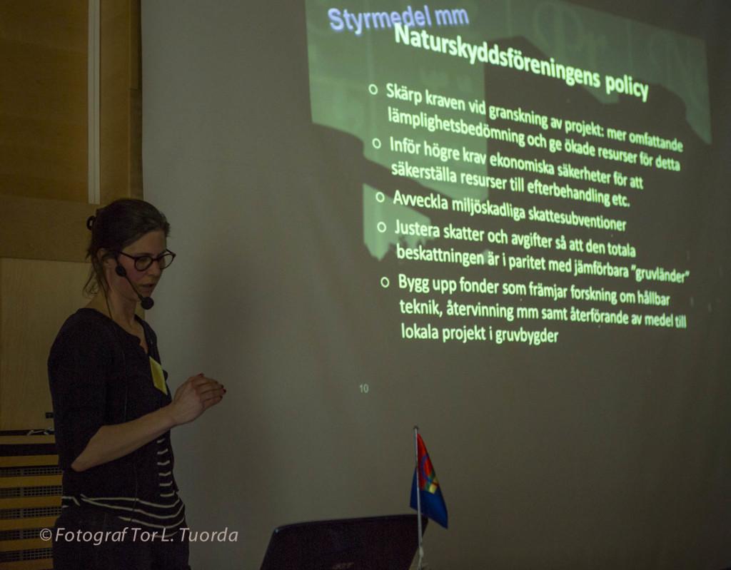 Johanna berättar om NSF:s gruvpolicy, bland annat att skärpa kraven på lämplighetsbedömning av aktörerna.